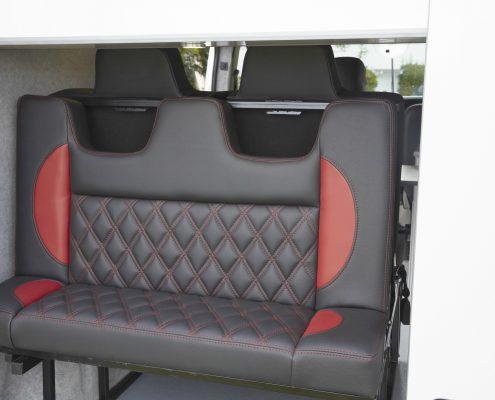 Camper Conversions Trafic - Picture 6